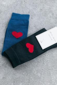 """""""Sokken vergen echt een heel specifieke aanpak"""", zegt Anthony.,  JAY The Collective/RV"""