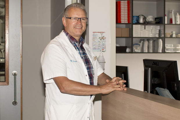 Prof. dr. Joseph Schoenaers, EN